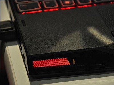 alienware x11m вид спереди